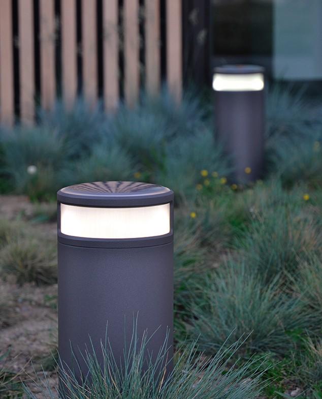 nouveau produit la borne solaire alpha s. Black Bedroom Furniture Sets. Home Design Ideas